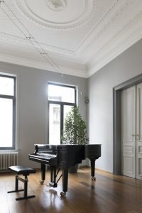 grand piano in the room