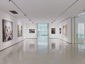 Image of the inside of an art gallery