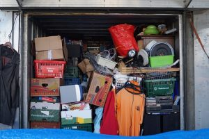 De-clutter your space